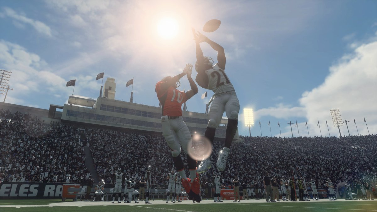 Madden NFL 18 Receives The Game Sales Award In Gold